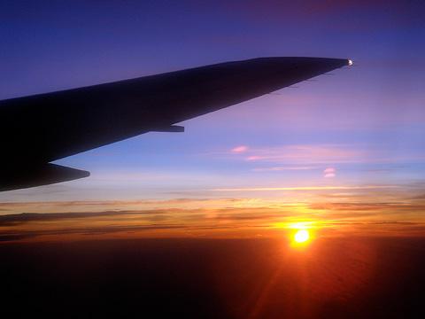"""La imatge """"http://news.leoprieto.com/2007/06/amo-los-aviones.jpg""""  no es pot mostrar perquè conté errors."""